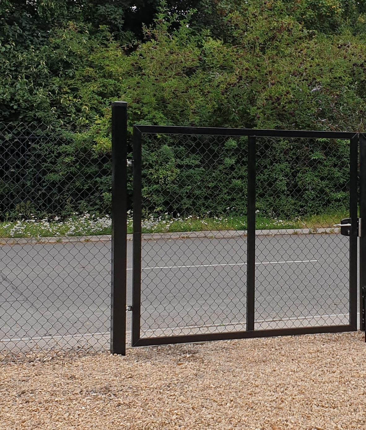 BLACK GATE SINGLE